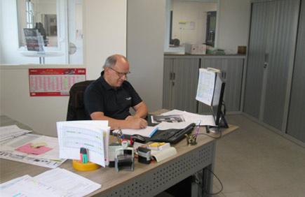 Sylvain, Service Devis